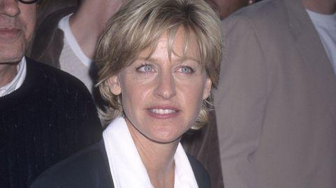 Nữ MC đồng tính thành danh nhất thế giới Ellen DeGeneres: Từng làm đủ nghề để kiếm sống, bị cha dượng lạm dụng tình dục ảnh 2