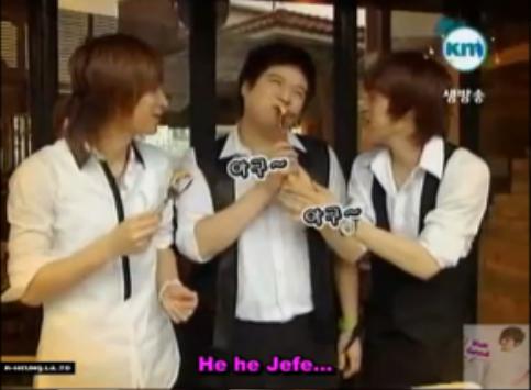 Ba chàng hoàng tử trong tiệm cà phê Suju.