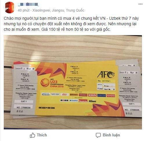 Một tài khoản trên facebook bán vé trận chung kết với giá 150 tệ.