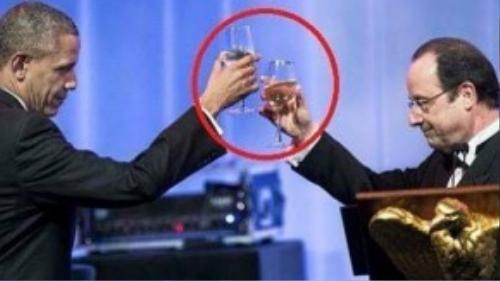 Hồ Ngọc Hà mượn hình tổng thống Obama đáp trả chỉ trích từ dư luận.