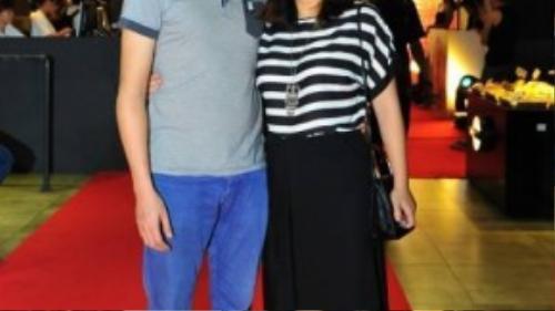 Vợ chồng ca sĩ Khánh Linh.