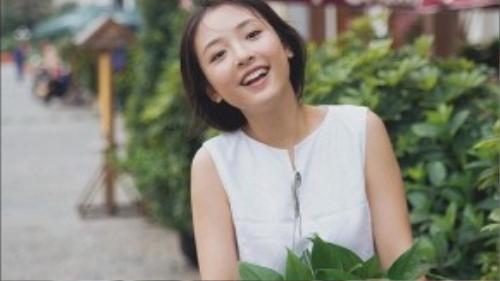 """Năm 2014, Ngô Thiến được chọn vào vai Triệu Mặc Sênh thời đại học trong """"Bên nhau trọn đời""""."""
