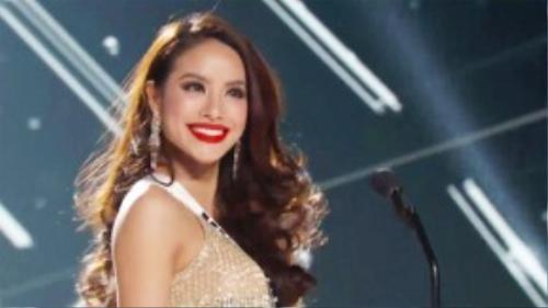 Phạm Hương rạng rỡ tại vòng bán kết của cuộc thi Hoa hậu Hoàn vũ Thế giới.