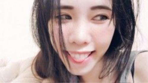 Đa phần các cô gái Việt đều trang điểm nhẹ nhàng, tự nhiên để phù hợp với thời tiết quanh năm nóng.