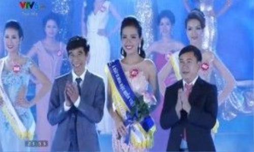 Á hậu 2 – Nguyễn Đình Khánh Phương.