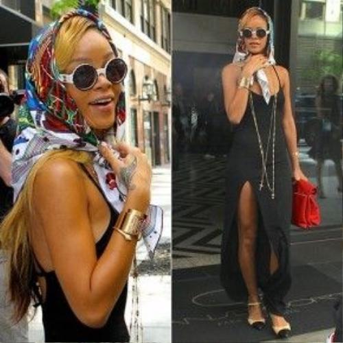 Chiếc khăn chéo trùm đầu càng minh chứng cho sự ngẫu hứng tột cùng của Rihanna.