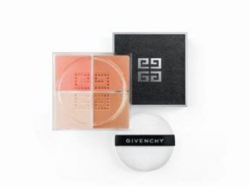 3.Phấn phủ dạng bột Prisme Libre của Givenchy (giá khoảng 1200K)