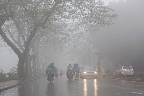 Hà Nội mưa ẩm kéo dài đến cuối tuần.