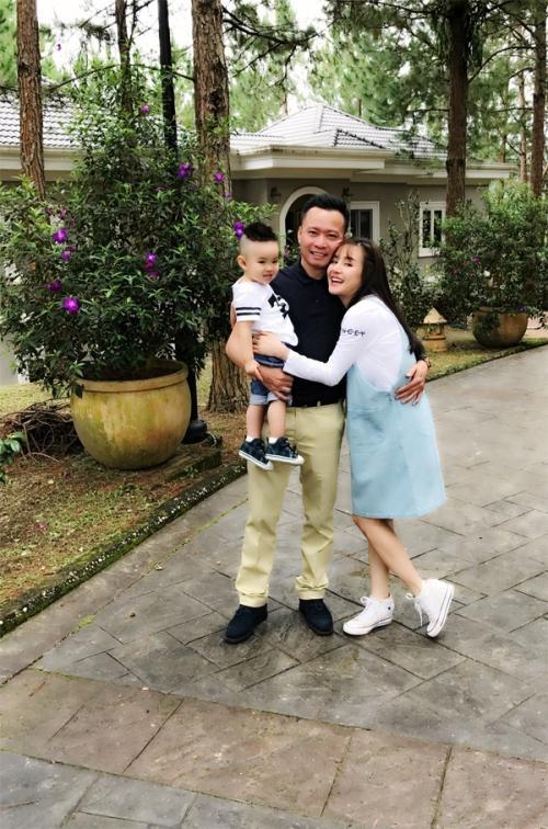 Vy Oanh cho rằng người tình cũ của chồng thấy gia đình cô đang hạnh phúc nên mới ghen ghét, bày trò hãm hại.
