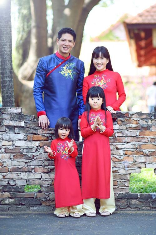 Gia đình hạnh phúc của Bình Minh - Anh Thơ.