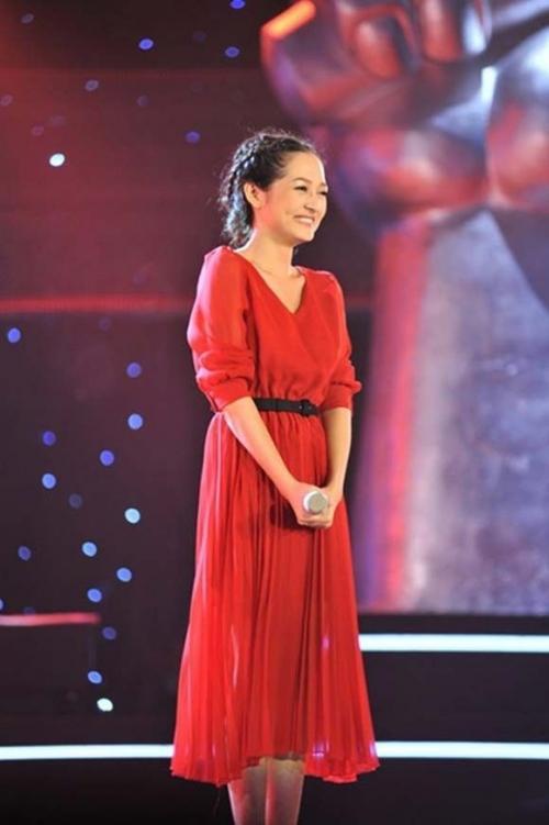 """Nàng """"Taylor Swift"""" Việt Nam - Bảo Anh đáng yêu ngay vòng Giấu mặt của The Voice mùa đầu tiên."""