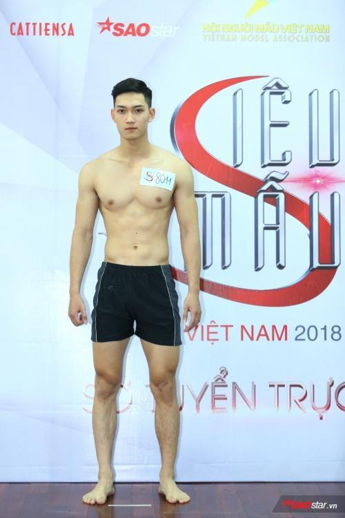 Sở hữu chiều cao 1,85 m, Anh Tú đang là gương mặt triển vọng của Siêu mẫu Việt Nam 2018.