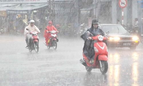 Từ ngày 27/5, miền Bắc chịu ảnh hưởng của không khí lạnh mạnh, gây mưa to.