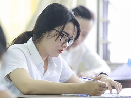 Thí sinh dự thi THPT quốc gia 2018. Ảnh:Nguyễn Đông.