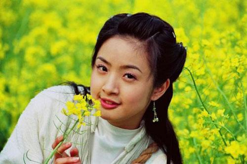 Trước Tiểu nữ Hoa Bất Khí, Lâm Y Thần đã thành công với những tạo hình cổ trang xinh đẹp nào? ảnh 6
