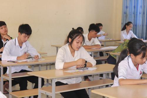 Thí sinh thi vào lớp 10 ở Nghệ An. Ảnh: Giáo dục & Thời Đại.