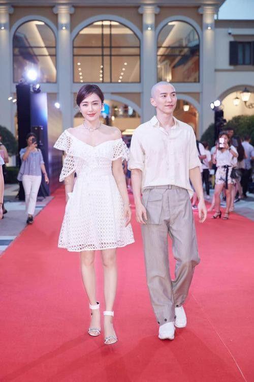 Sau thành công của Diên Hi công lược: Ngô Cẩn Ngôn  Hứa Khải bạo hồng, Tần Lam liên tục dính nghi án hẹn hò ảnh 13