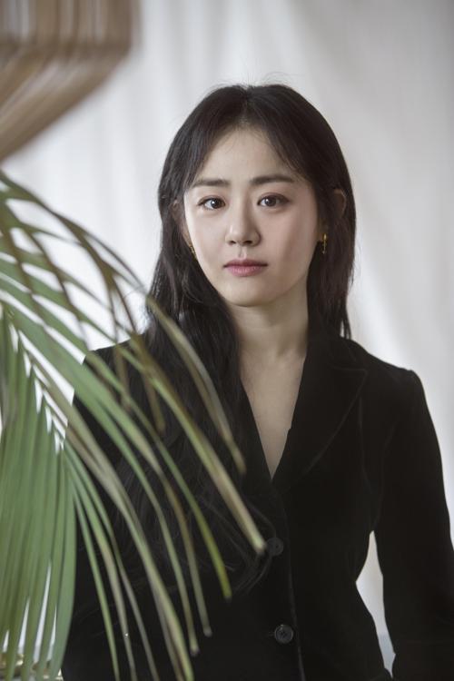 Truyền thông Hàn: Moon Geun Young, em gái quốc dân vĩnh cửu của chúng tôi ảnh 3