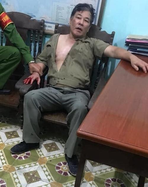 Ông Hồng từng làm Phó giám đốc Công ty xi măng.