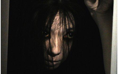 Bom tấn kinh dị 'The Grudge' tung trailer mới: Đáng sợ, đẫm máu và ám ảnh hơn rất nhiều! ảnh 0