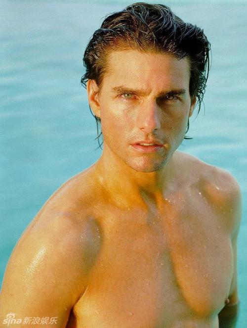 Các huyền thoại cơ bắp đình đám Hollywood: Tom Cruise, The Rock có ngang tầm Arnold Schwarzenegger? ảnh 5
