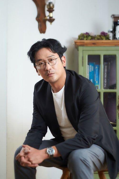 Sao Thử thách thần chết Ha Jung Woo bị cảnh sát điều tra vì sử dụng chất nghiện propofol ảnh 1