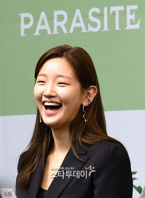 Sao Ký sinh trùng Park So Dam bị Knet chê xấu xí nhưng vẫn được yêu quý vì ảnh 5
