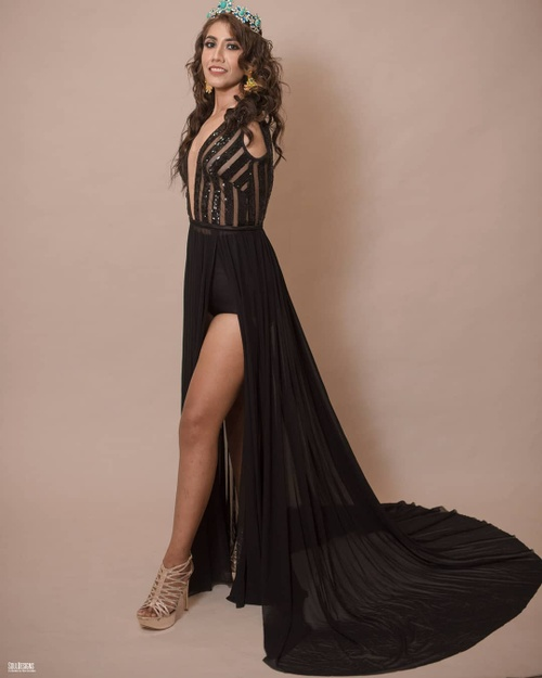 Nhan sắc rạng ngời của mỹ nhân cụt cả 2 tay lọt chung kết Hoa hậu Hòa bình Mexico 2020 Ảnh 4
