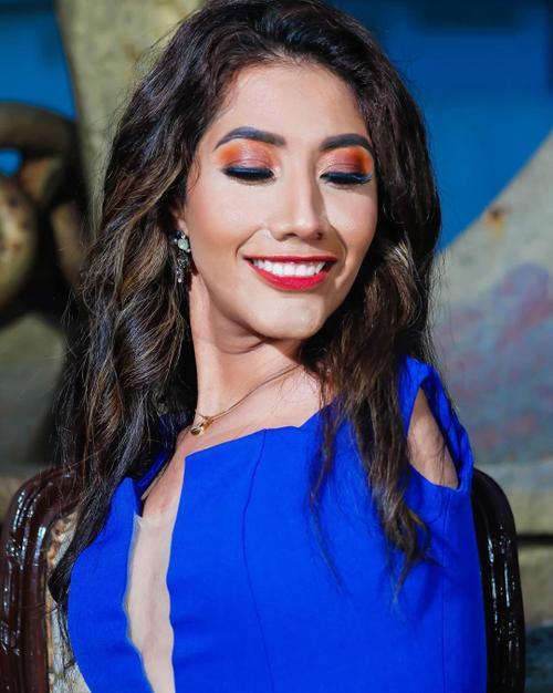 Nhan sắc rạng ngời của mỹ nhân cụt cả 2 tay lọt chung kết Hoa hậu Hòa bình Mexico 2020 Ảnh 2