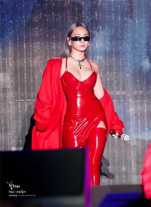 Những nữ rapper Hàn khiến fan mê đắm với style 'gái hư' không ngại khoe thân hình bốc lửa Ảnh 6