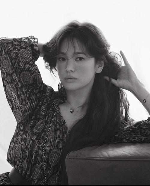 Tròn 1 năm ly hôn, Song Hye Kyo - Song Joong Ki có quá nhiều thay đổi: Người khen, kẻ chê! Ảnh 12
