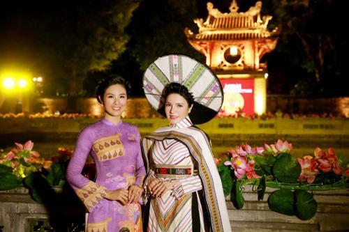 Á hậu Nga Queen tỏa sáng trong vai trò vedette giới thiệu Áo dài – Di sản văn hóa Việt Nam' Ảnh 4