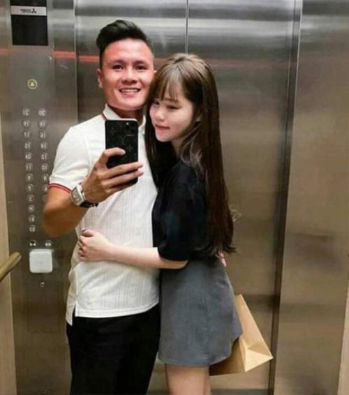 Huỳnh Anh đang hạnh phúc bên Quang Hải