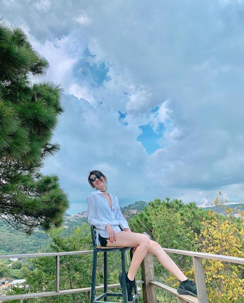Hoa hậu Lương Thuỳ Linh khoe hình thể nuột nà, Hương Giang lại trái ngược 100% Ảnh 5