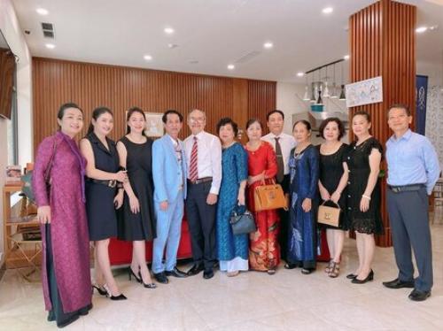 Nhạc sĩ Anh Khang đăng kí kết hôn với bạn gái tại Mỹ, tiết lộ về đám cưới tưng bừng Ảnh 6