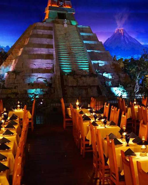 8 nhà hàng dù cạn ví nhưng các ông bố bà mẹ vẫn nhất quyết cho con cái ghé thăm khi tới Disney World ảnh 3