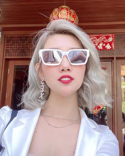 Loạt mỹ nhân Việt đổi diện mạo với tóc mới: Nhã Phương, Thúy Ngân điệu đà, riêng Tóc Tiên sốc tận óc ảnh 3