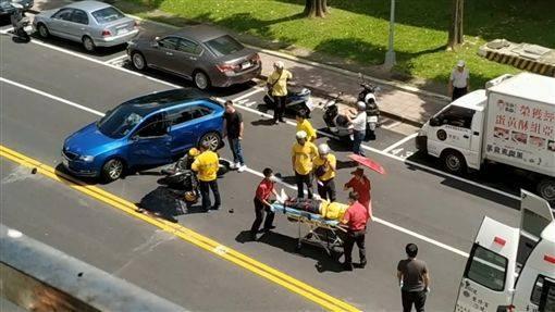 Hiện trường vụ tai nạn đã cướp đi sinh mệnh của Wang.
