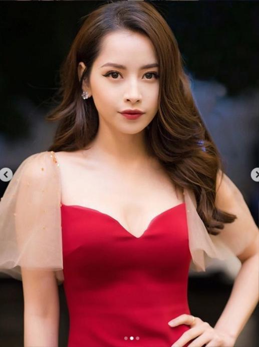 Nóng mắt với pha đụng hàng váy áo lịch sử đẹp bất phân thắng bại của dàn mỹ nhân Việt ảnh 2