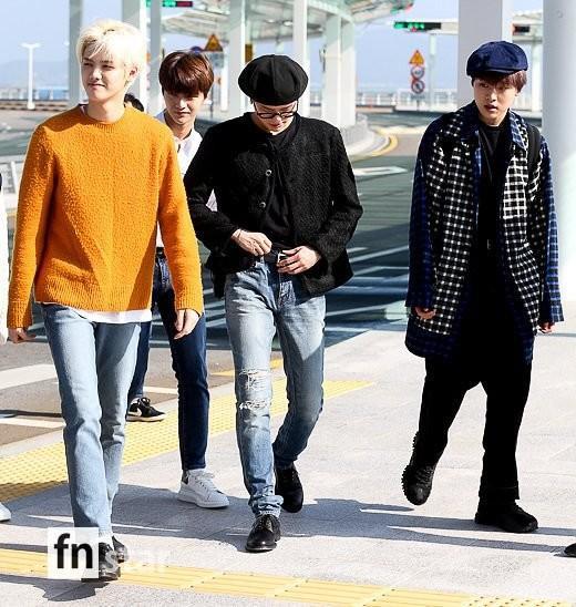 Chết cười với bộ ảnh thiếu ngủ của X1 tại sân bay, cùng Kim Jae Hwan (Wanna One) đến Nhật ảnh 16