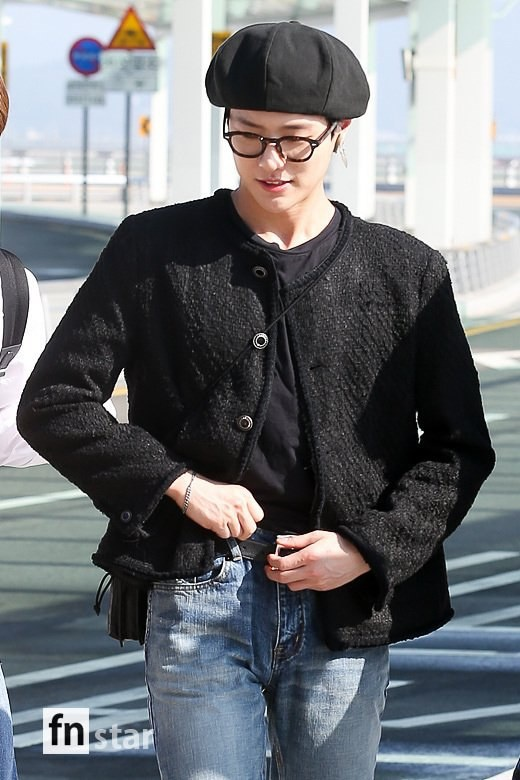 Chết cười với bộ ảnh thiếu ngủ của X1 tại sân bay, cùng Kim Jae Hwan (Wanna One) đến Nhật ảnh 13