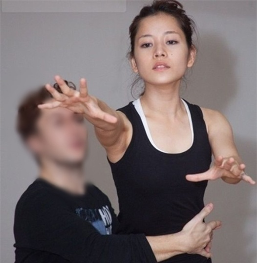 Bị chụp lén mặt mộc hoàn toàn: Thủy Tiên, Lan Ngọc khiến nhiều người ngỡ ngàng vì nhan sắc thực sự ảnh 10