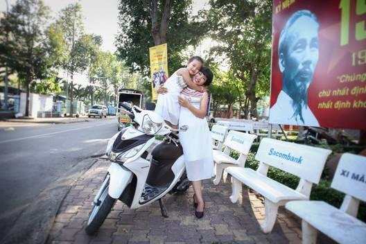 10. Bức ảnh mẹ và bé của chị Trần Thị Hường là minh chứng rõ ràng.