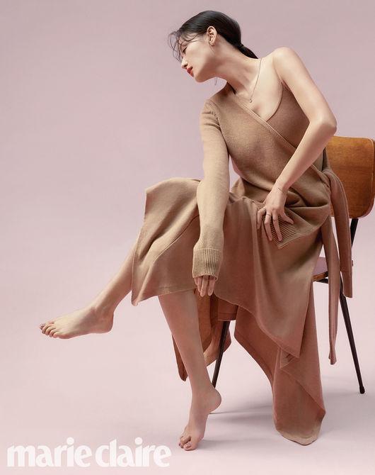 Bộ ảnh mùa Thu hấp dẫn đã được phát hành hòng khoe vẻ đẹp quyến rũ của nữ ngôi sao trong thương hiệu trang sức, làm đẹp.