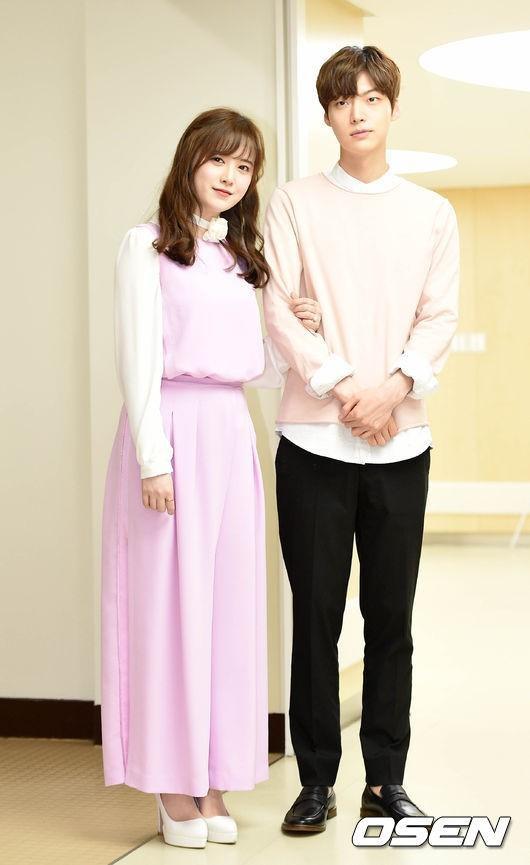 Ngôn tình không có thật: Từ Song Song, Goo Hye Sun  Ahn Jae Hyun đến cặp idol ly hôn nhanh nhất Kbiz! ảnh 9