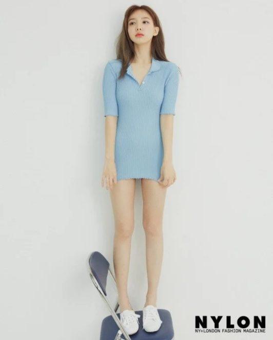 Nayeon (TWICE) xinh đẹp trên bìa tạp chí, chia sẻ về tình yêu với bản thân ảnh 1