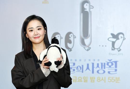 Khán giả cũng mong đợi cô trở lại màn ảnh nhỏ với phim truyền hình trong năm nay.
