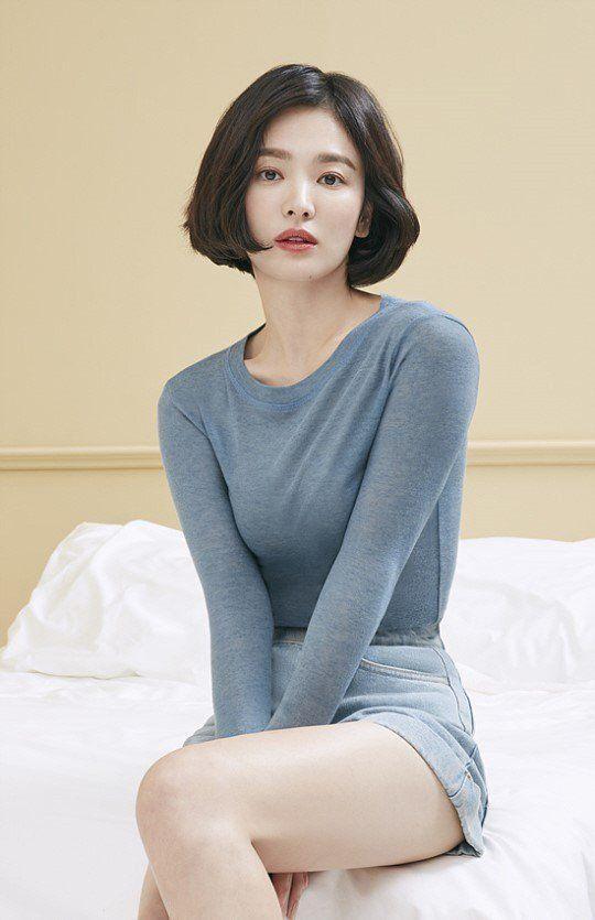 Giữa tâm bão li hôn, một giáo sư đại học khẳng định Song Hye Kyo là nghệ sĩ độc nhất vô nhị ảnh 0