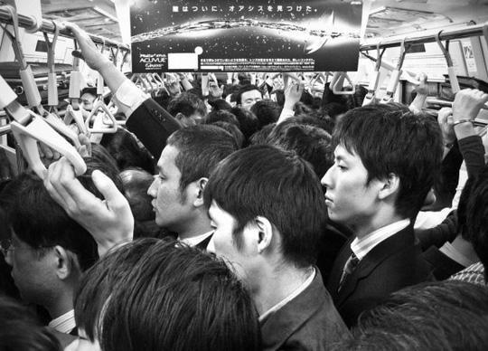 Ngày càng nhiều đàn ông Nhật bị bạo hành. Ảnh: Spin Japan