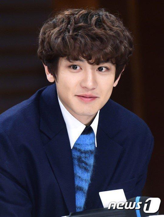 D.O (EXO) làm gì sau khi hôn Nam Ji Hyun? Chanyeol (EXO) là người duy nhất biết chơi game trong Memories of the Alhambra? ảnh 7